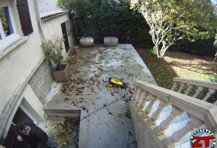 Avant nettoyage au Kärcher de la terrasse