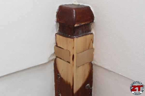 test cecil reboucher un trou avec du mastic bois. Black Bedroom Furniture Sets. Home Design Ideas