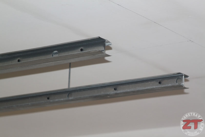 brico cr ation d un faux plafond avec ruban led et spots. Black Bedroom Furniture Sets. Home Design Ideas