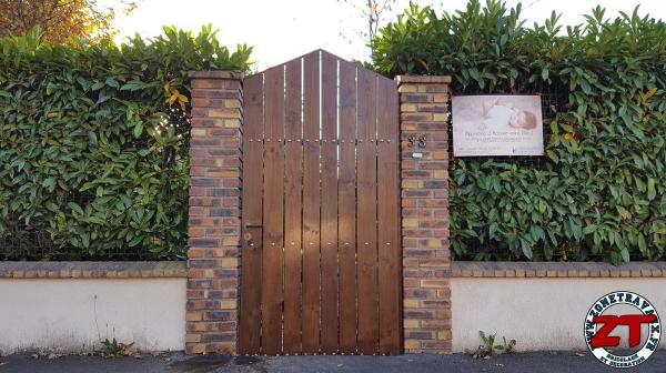 restaurer un portillon en bois et acier