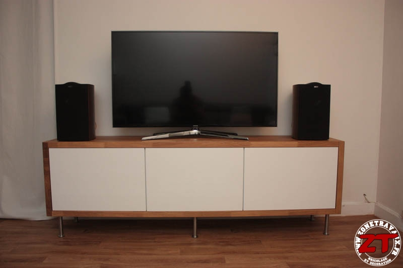 ikea hack un meuble tv avec des meubles de cuisine. Black Bedroom Furniture Sets. Home Design Ideas
