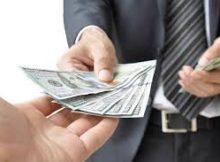 Pinjam Uang Online VS Tarik Tunai Kartu Kredit, Mana Yang Lebih Baik?