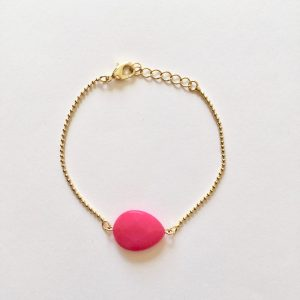 Armband met fel roze jade druppel goud