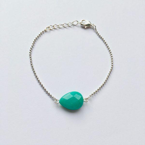 Armband met groene jade druppel (zilver)