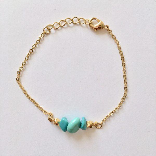Armband met turquoise natuursteen (goud)