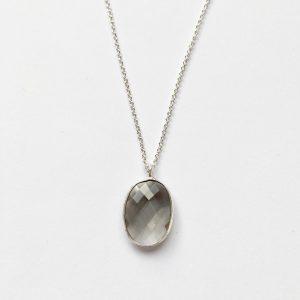 Ketting met glasbedel hanger donkergrijs zilver
