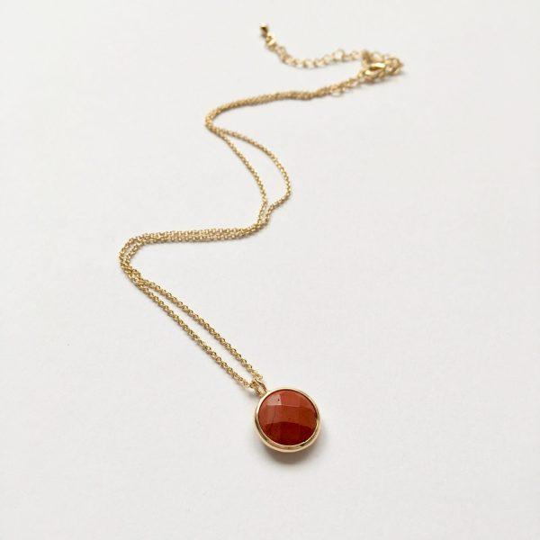 Ketting met hanger natuursteen oranje rood goud natuursteen ketting