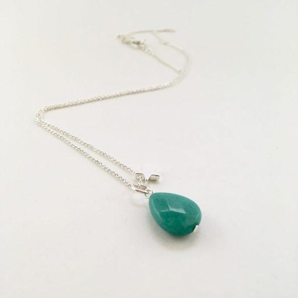 Korte ketting zilver ster groene jade druppel edelsteen
