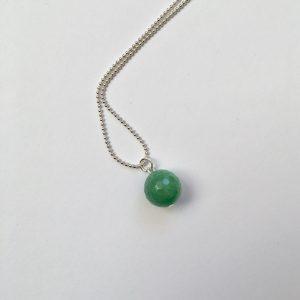 Lange ketting met edelsteen groene natuursteen zilver