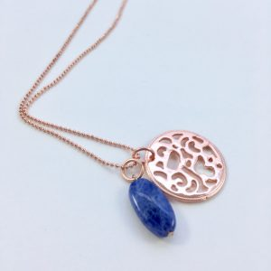 Lange ketting met edelsteen lapis lazuli bloem rose goud