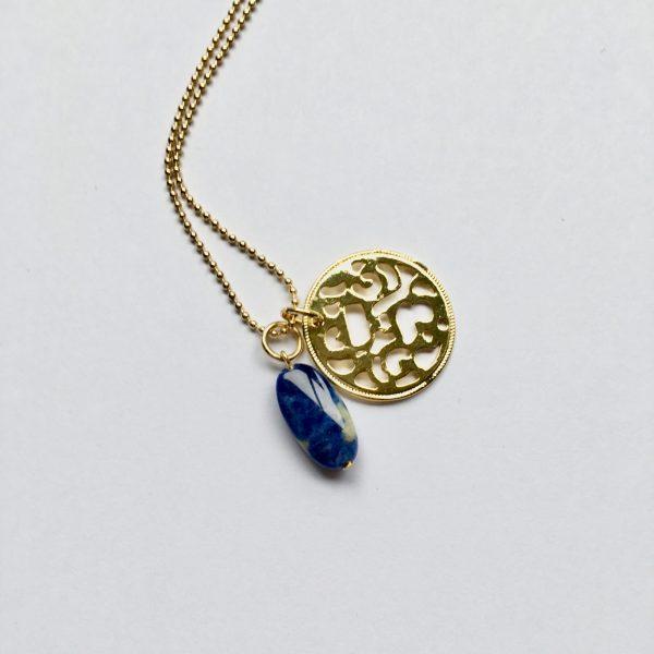 Lange ketting met lapis lazuli munt goud