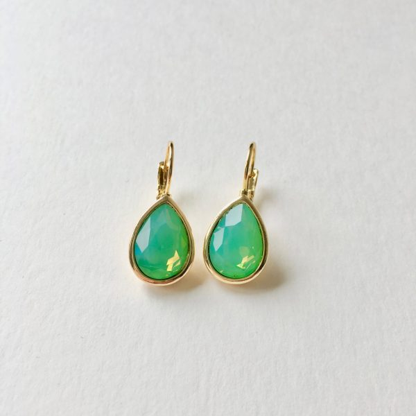 Oorhangers met Swarovski groen, goudkleurig druppel oorbellen