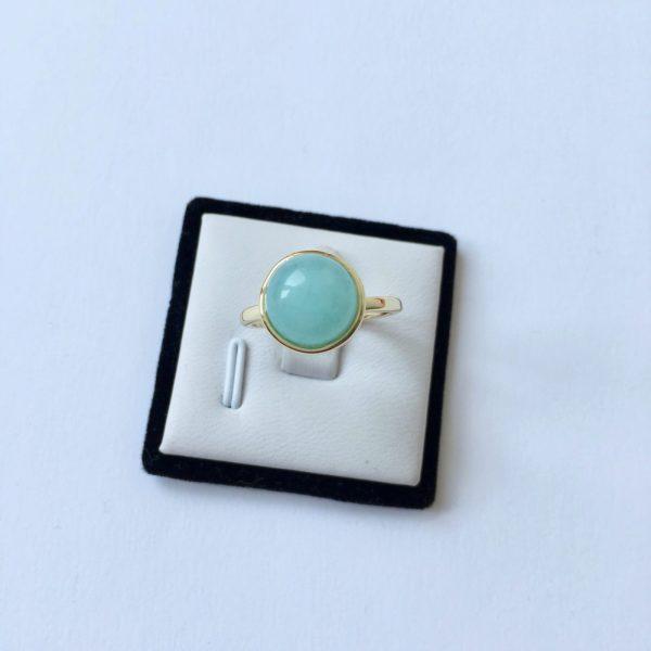 Ring met ronde turquoise natuursteen goud maat L 18 mm