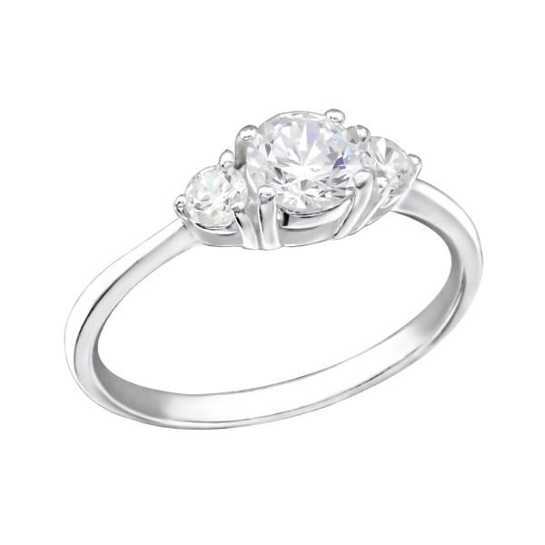 Shiny zilveren ring met 3 zirkonia maat 7 (M,17)