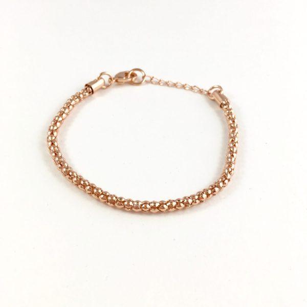 fijn armbandje rose goudkleurig
