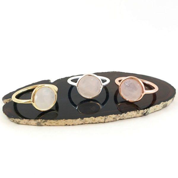 ring met rozenkwarts edelstenen
