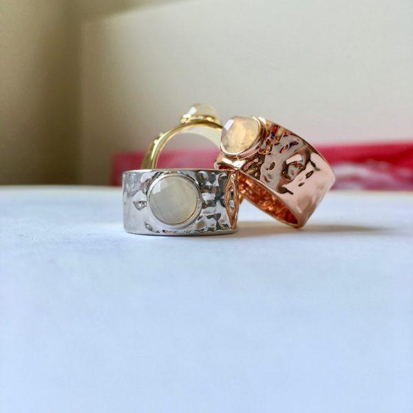ringen met edelstenen natuurstenen