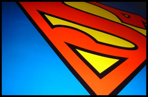 superman logo from the side