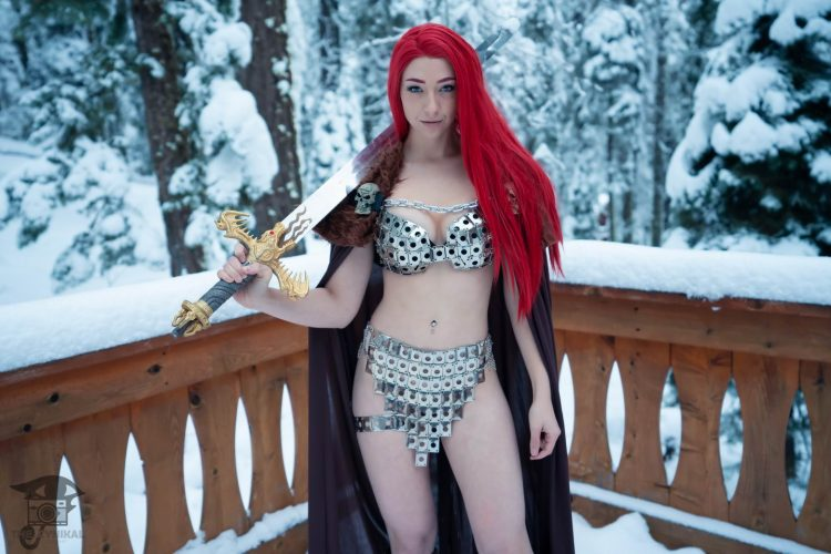 Red Head Cosplay in the snow