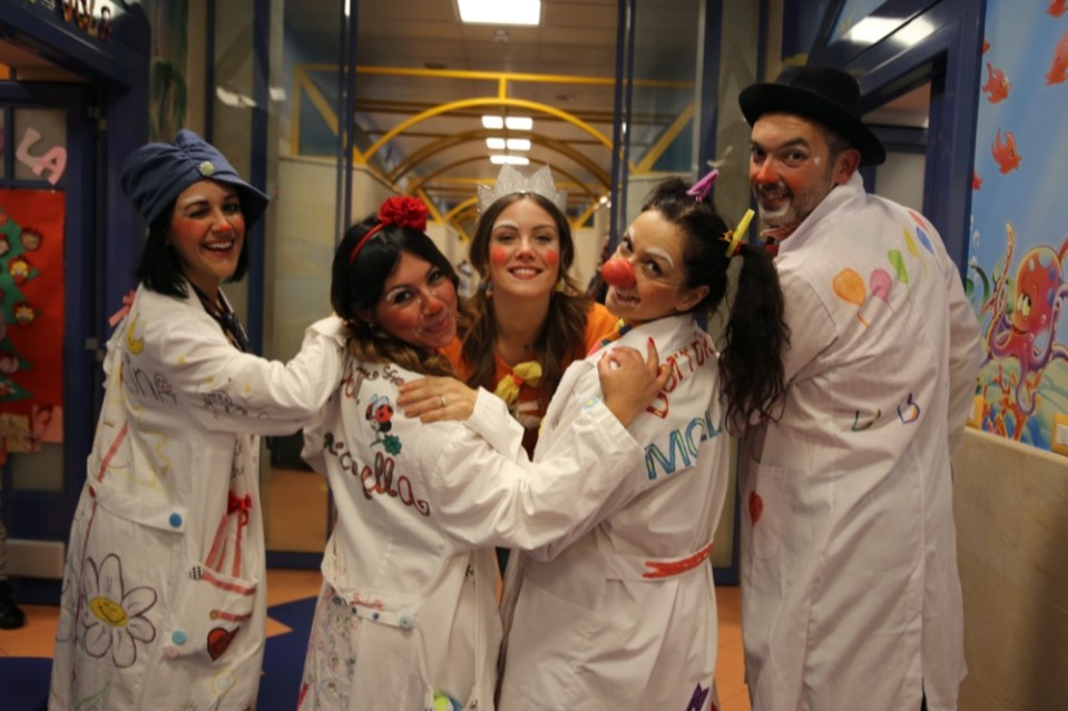 Miss Italia, Alice Arlanch clown per i bambini del Policlinico Umberto I