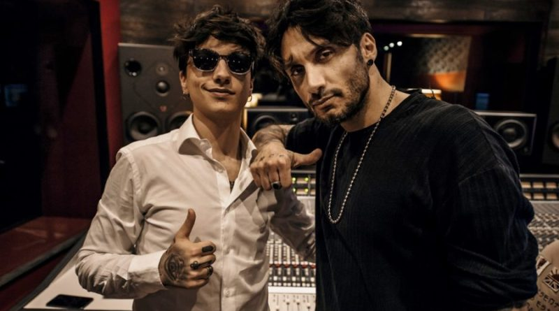 """Fabrizio Moro e Ultimo insieme per """"L'eternità (Il mio quartiere)"""""""