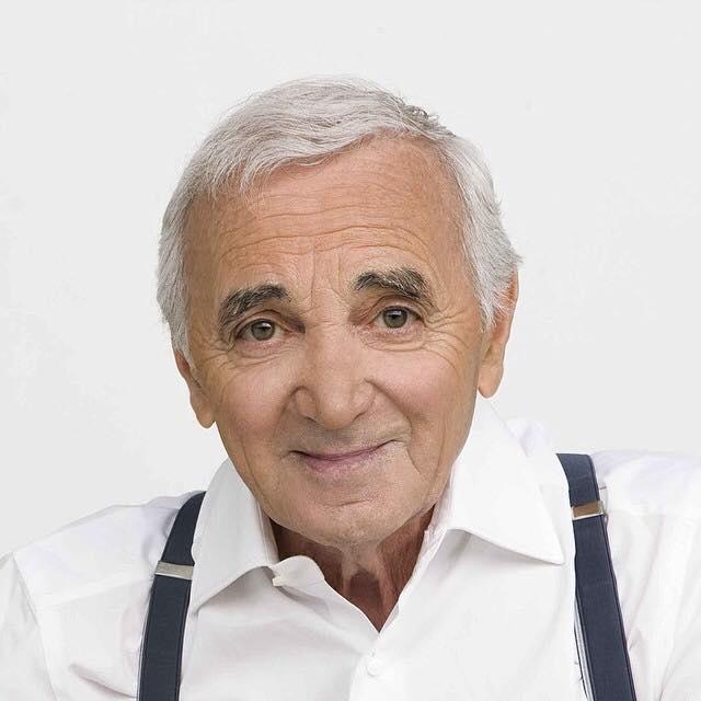 Addio al leggendario cantautore francese Charles Aznavour