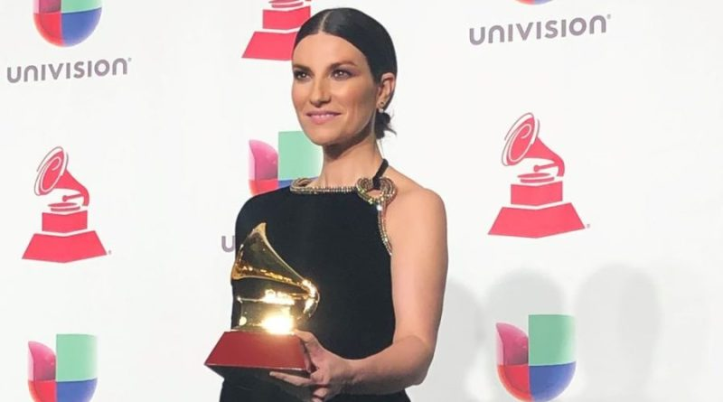 "Latin Grammy Award: Laura Pausini vince il premio ""Best Traditional Pop Vocal Album"""