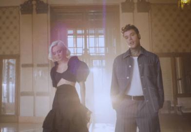 Holding Out For You: il nuovo singolo di Fedez con Zara Larsson (VIDEO)
