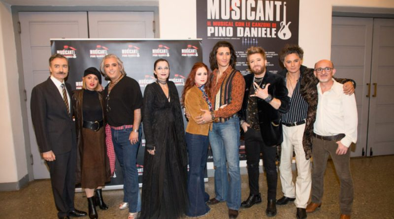"""vip Roma prima di """"Musicanti. Il musical con le canzoni di Pino Daniele"""" (GALLERY)"""