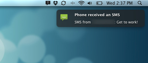 Android Notifier mostra un aggiornamento relativo all'arrivo di un nuovo SMS su un computer Apple