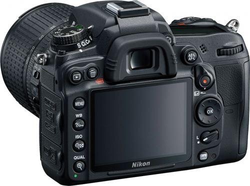 recensione Nikon D7000 vista posteriore
