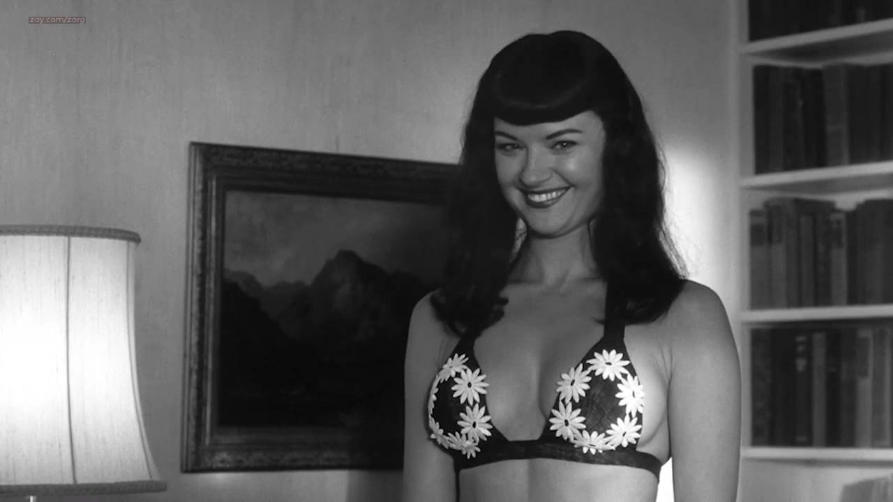Gretchen Mol nude full frontal - The Notorious Bettie Page (2005) HD 720p (18)