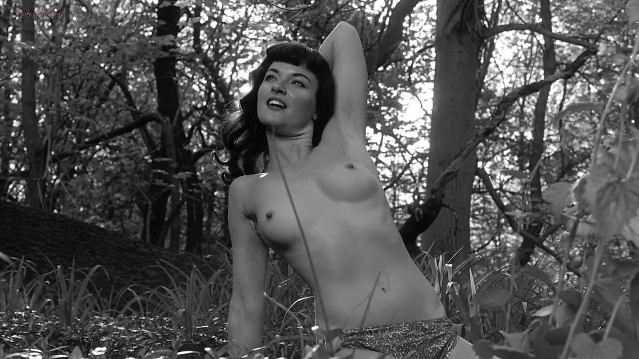 Gretchen Mol nude full frontal - The Notorious Bettie Page (2005) HD 720p (13)