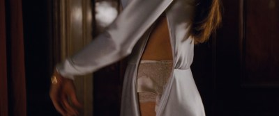 Angelina Jolie hot, sexy and see through - The Tourist (2010) hd1080p (5)