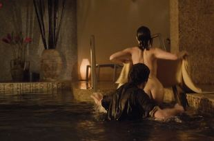 Carla Gugino naked butt and hot bikini in – Every Day (2010) hd720p