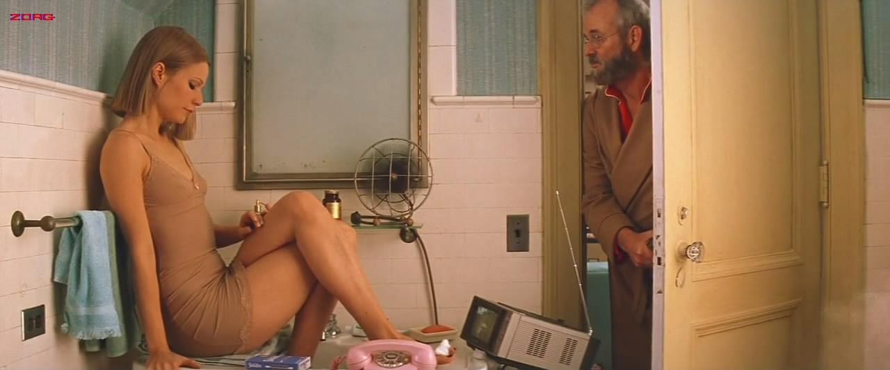 Gwyneth Paltrow sexy in lingerie - The Royal Tenenbaums (2001) hd720-1080p (17)