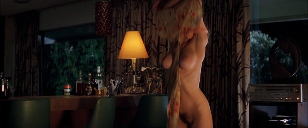 Heather Graham nude Julianne Moore nude -Boogie Nights (1997) hd1080p BluRay (8)