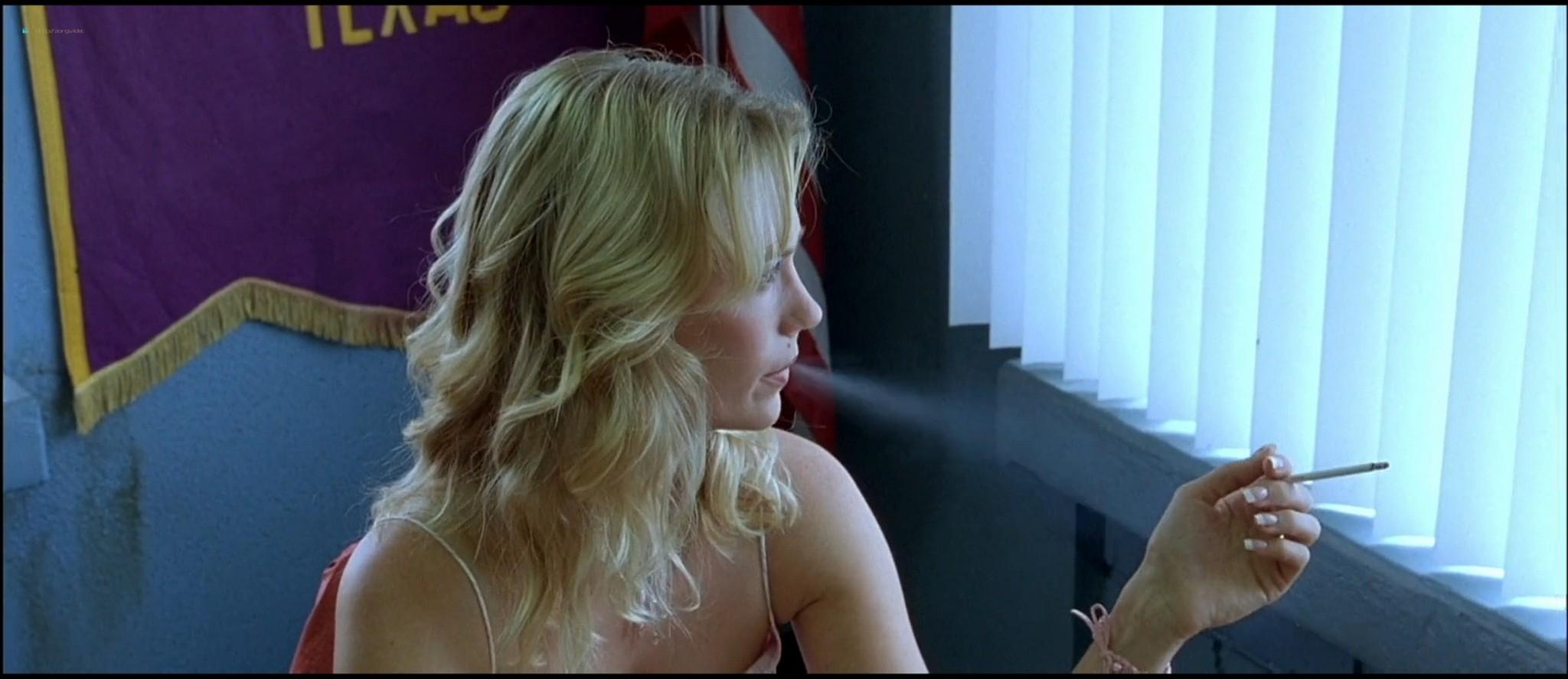 January Jones sex doggy style and Melissa Leo naked - The Three Burials of Melquiades Estrada HD 1080p BluRay (4)