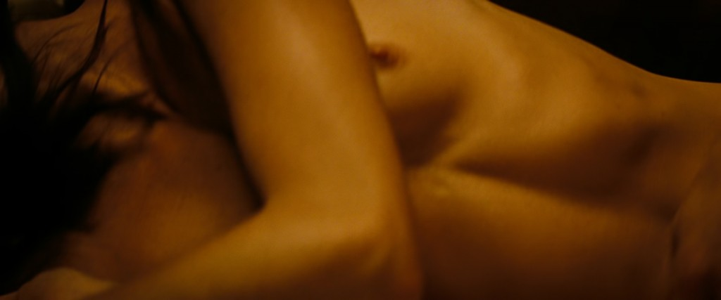 Mini Anden nude and sex - The Mechanic (2011) hd1080p (8)