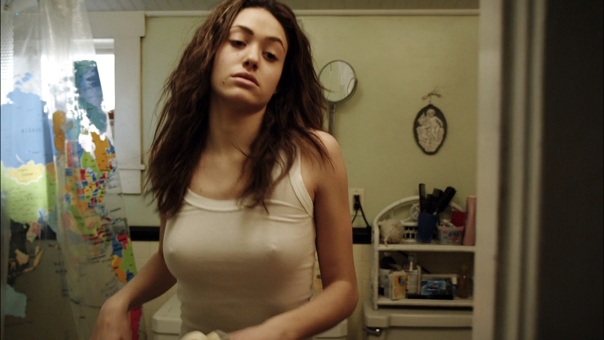 Emmy Rossum nude topless in Shameless (2011) - s1e1 HD 1080p BluRay (13)