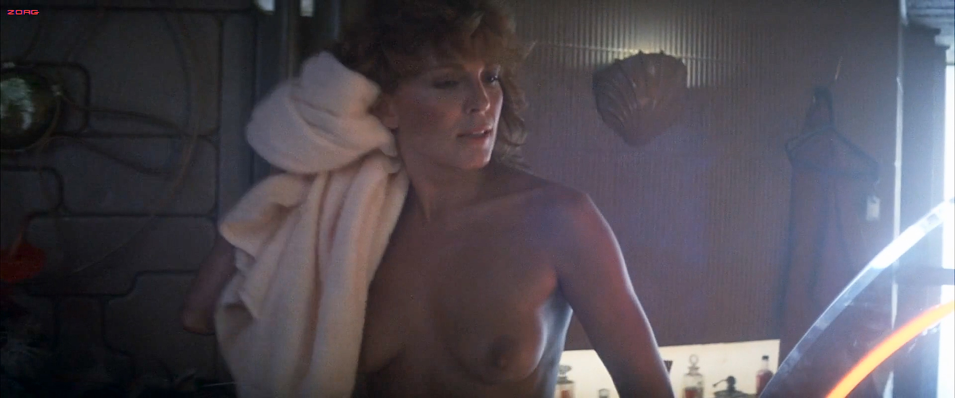Joanna Cassidy nude topless and Sean Young hot and cute - Blade Runner (1982) hd1080p (1)