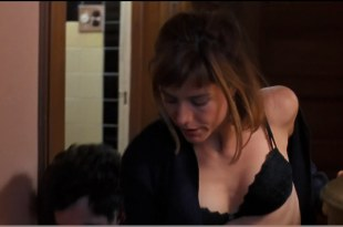 Tea Leoni hot cleavage and Patricia Arquette sexy lingerie – Flirting with Disaster (1996) hd1080p
