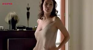 Soraia Chaves nude topless - Call Girl (2007)