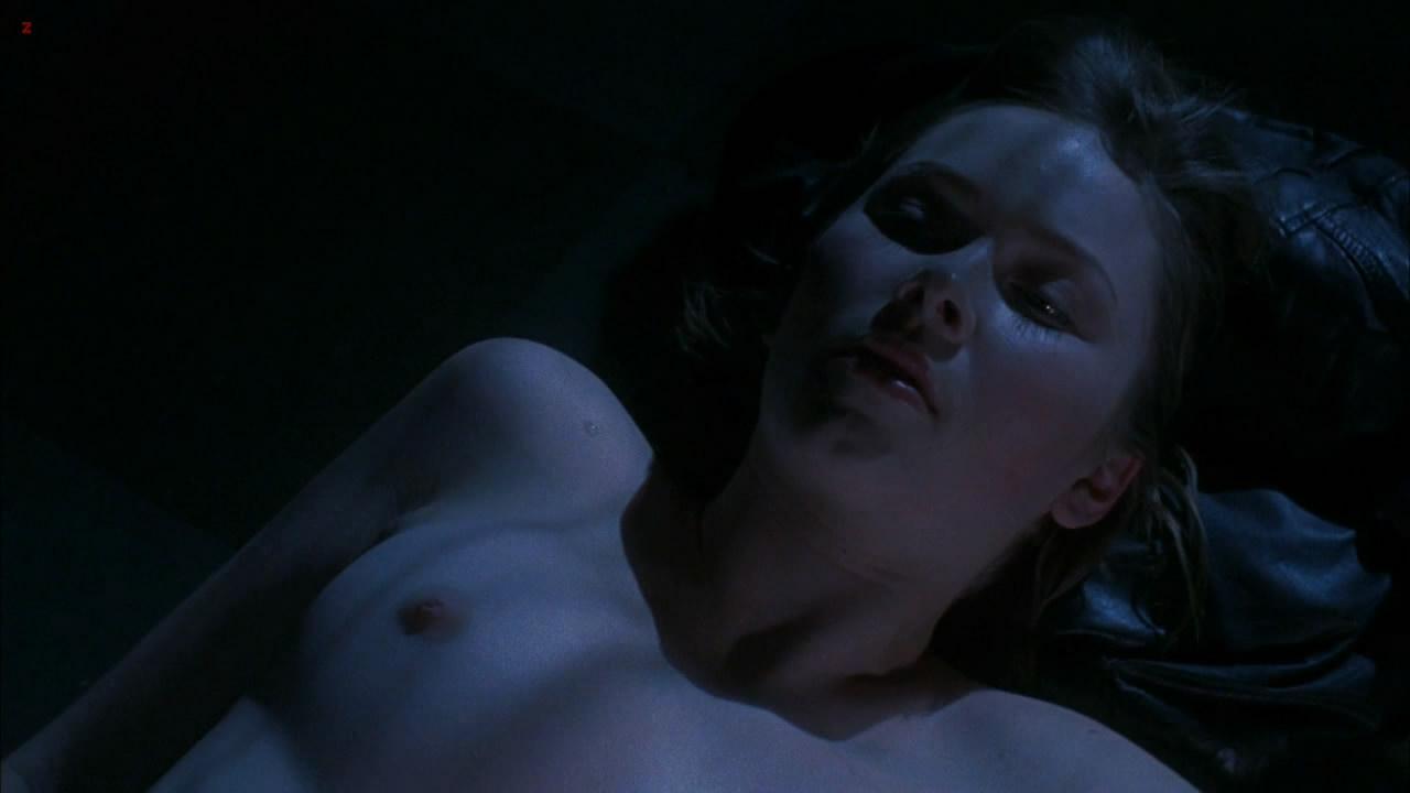Cherilyn Wilson naked topless - Parasomnia (2008) HD 1080p (14)