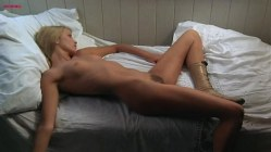 Karina Fallenstein nude bush and topless - Egon Schiele - Exzesse (1981)