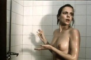 Amanda Ooms nude full frontal in – Karachi (1989)