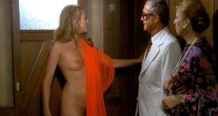 """Ursula Andress full frontal naked """"Colpo in canna"""" (1975)"""