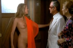 Ursula Andress full frontal naked in – Colpo in canna (1975)