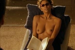 Halle Berry nude topless in Swordfish (2001) hd1080p