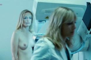 Karina Beuthe nude brief topless in – Et soudain tout le monde me manque (2011)